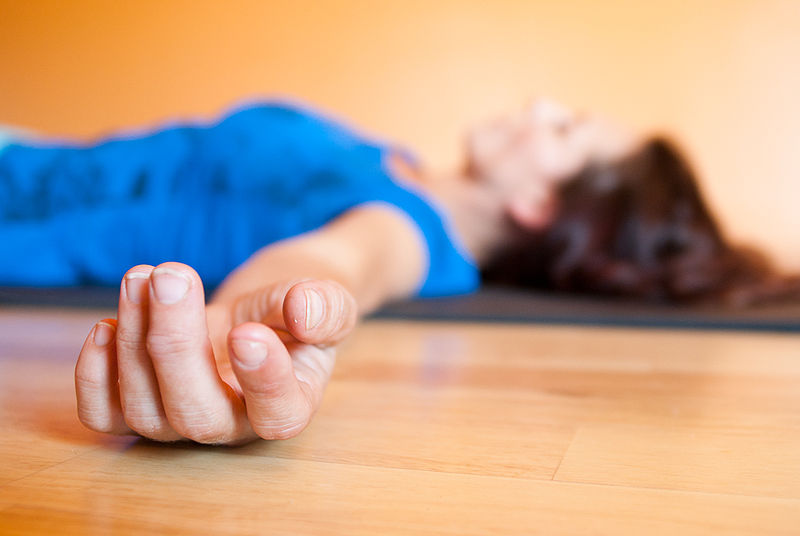 Attachment 800px-Savasana_artistic.jpg